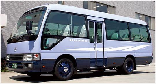 送迎用バス