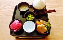 一周忌のお膳を仏壇に供えるために知っておきたい知識