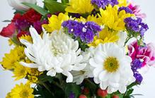 葬式の花の種類とは?それぞれの役割とアレンジについても紹介