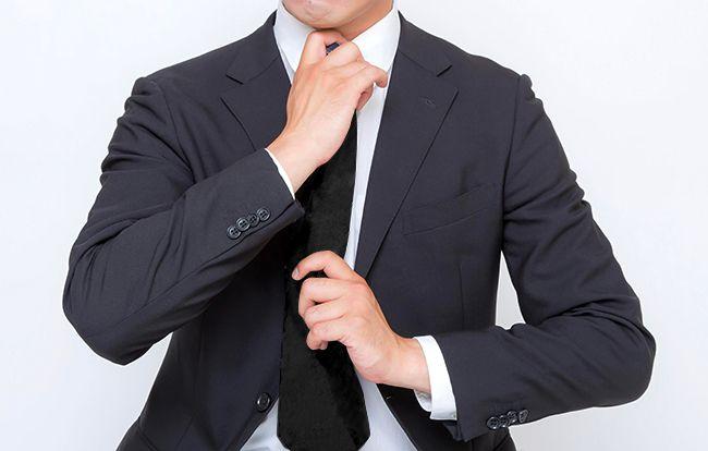 葬儀・葬式での喪主・遺族の正しい服装