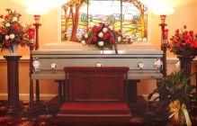 アメリカで行うお葬式│日本のキリスト教式とは異なる特徴と流れ