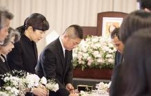 お葬式とは別の「お別れ会」とは?主な流れやマナーについて