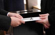 香典の金額相場は?関係性や年齢による葬式での香典金額の違い