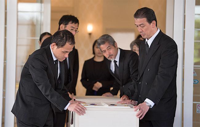 葬儀業者にはどんな種類がある?葬儀業者の選び方も紹介