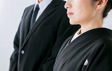 葬儀での挨拶の方法|タイミング、マナー、例文も紹介