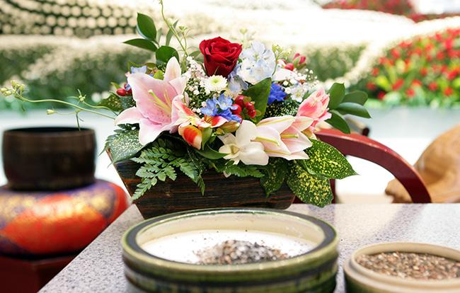 家族葬における通夜や告別式の流れとは?喪主の挨拶例文についても紹介