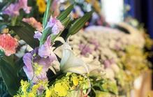家族葬での祭壇選び!話題の「花祭壇」とはどんなもの?