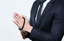 法事の服装が気になる男性へ!全身のコーディネートから服装の選び方まで