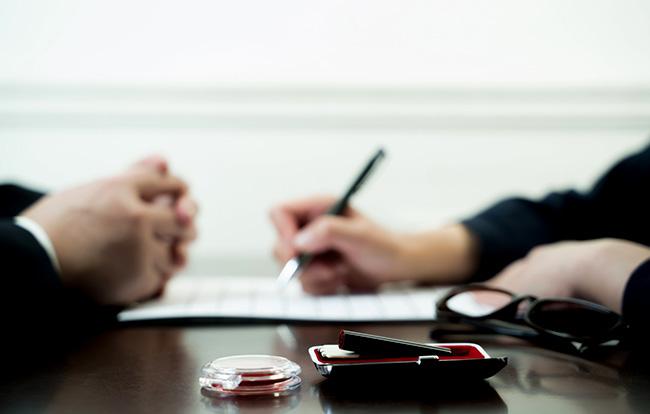 介護保険申請の流れや必要書類は?介護保険サービスを受ける方法