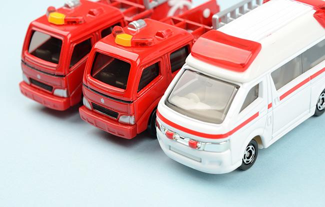 自宅で死亡して救急車を呼んだら消防車も来るのはなぜ?