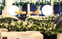 葬儀の祭壇はどれにする?種類や選び方を紹介!