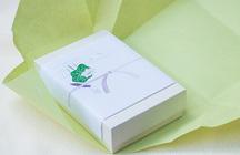 通夜返礼品とは?返礼品におすすめのアイテム8選と贈るときの作法