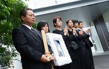 訃報は事後報告でよい?家族葬のお知らせの仕方を解説!