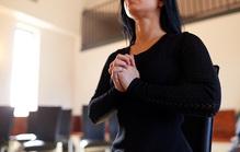 教会で行うキリスト教式の葬儀の費用やマナーを徹底解説